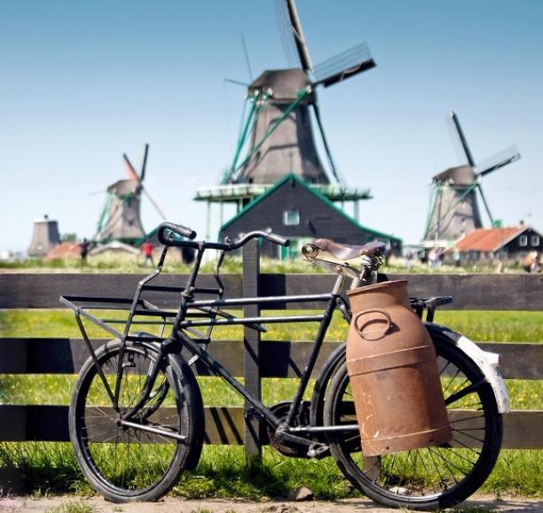 Molens_oude-fiets_melk-bus-612x579